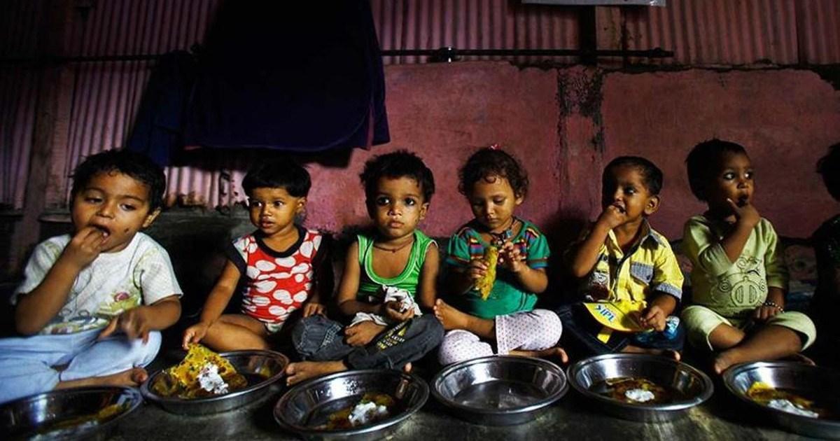 children-eating-food