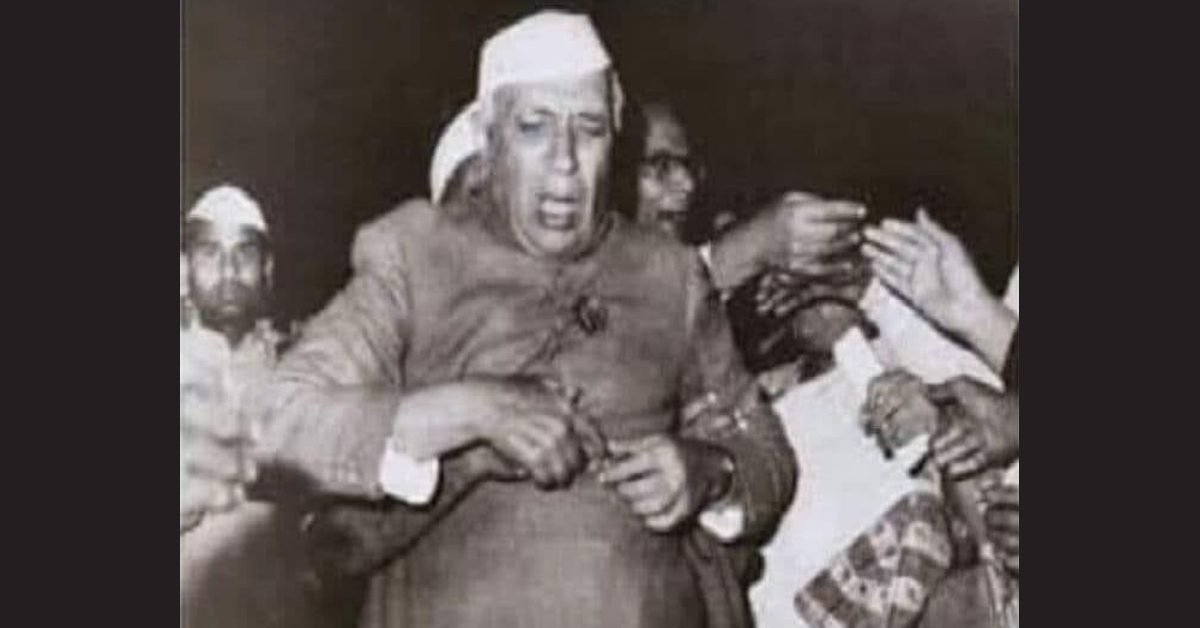 Photo of Jawaharlal Nehru shared with false narrative that he was slapped in 1962 - Alt News