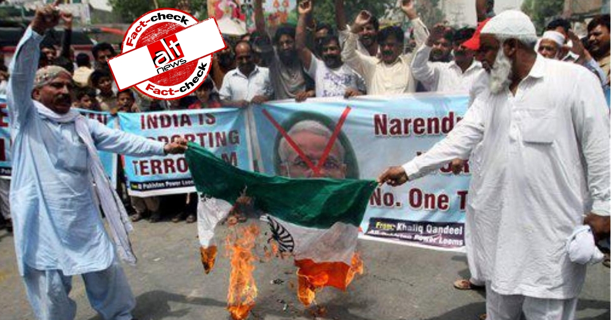 Old image from Pakistan shared as Shaheen Bagh protesters burning Indian flag - Alt News